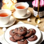 Recette de sablés au cacao, myrtille et cassis
