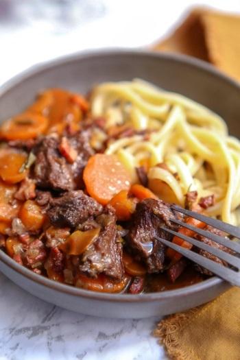 Joue de bœuf mijotée aux carottes