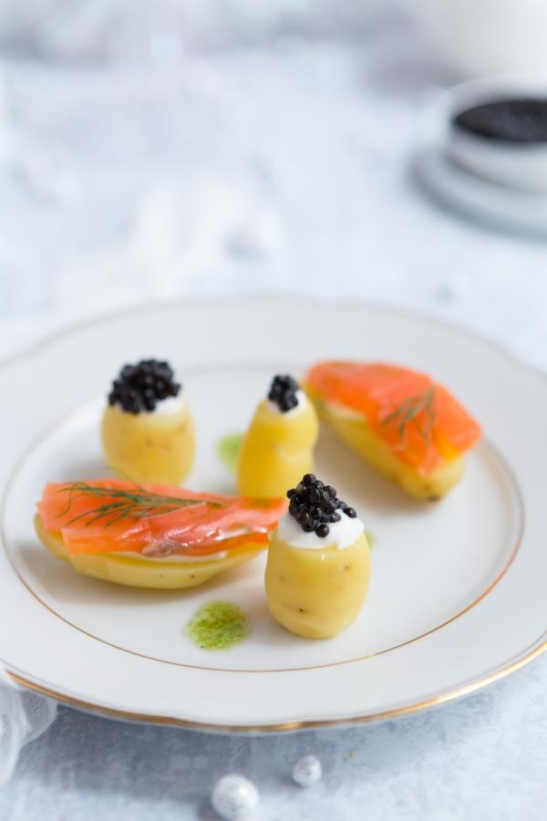 Pomme de terre, saumon fumé et caviar