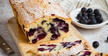 Comment réussir un cake aux myrtilles ?