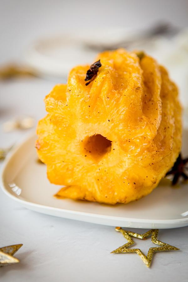 Comment faire un ananas rôti entier au four ?