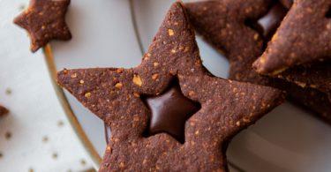 Biscuits de Noël au chocolat et à la noisette